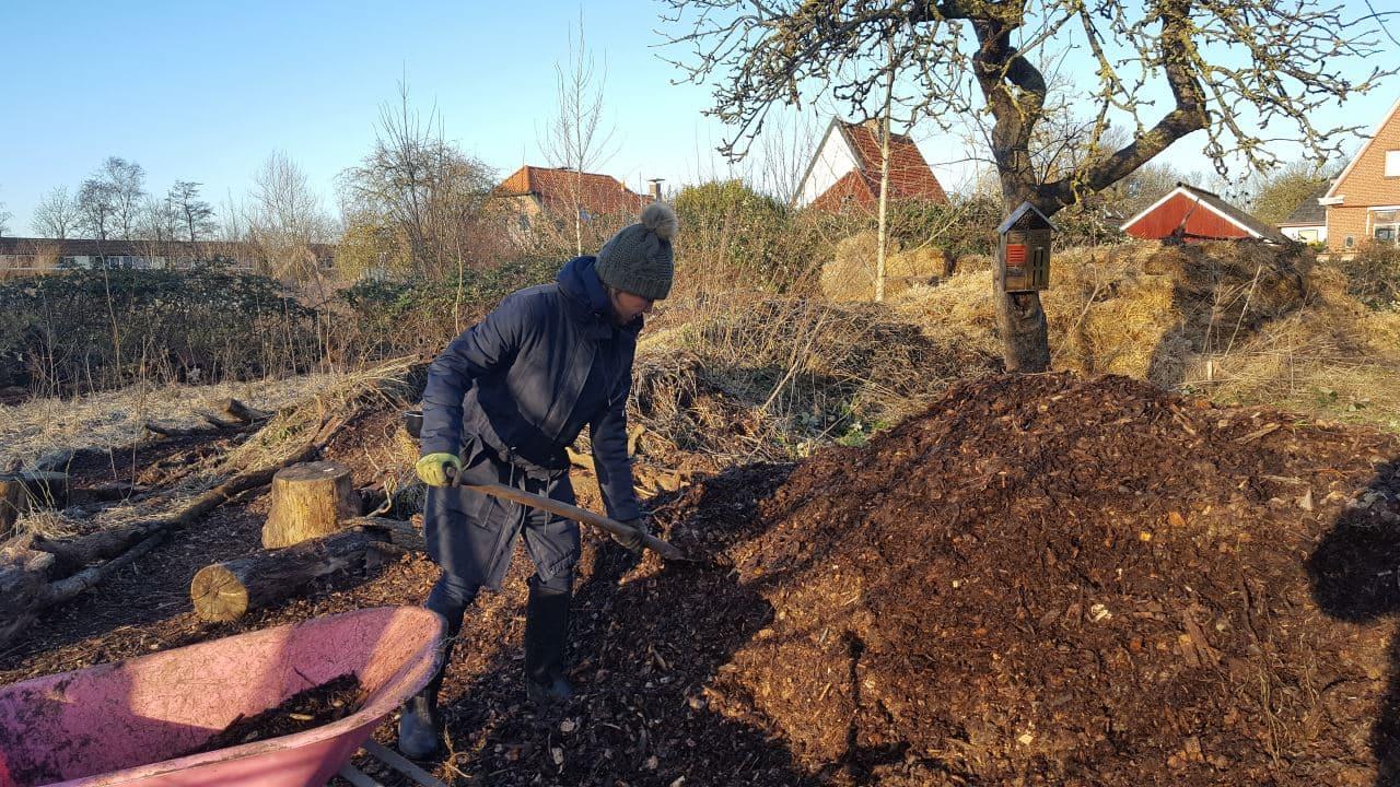 Bospaden aanleggen met houtsnippers | Schrieverswold