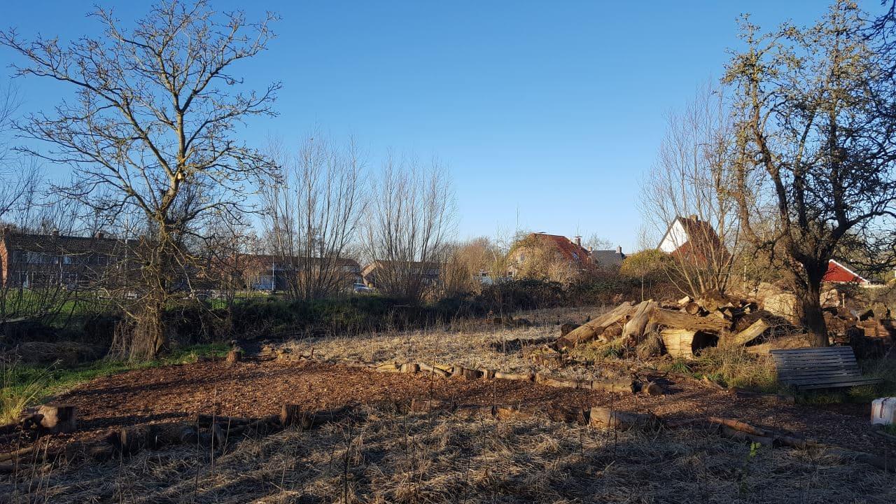 Schrieverswold | Overzicht houtsnippers op tentplaats